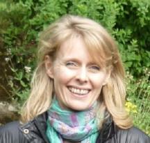Corinne Brossier magnetiseur magnetiseuse guérisseur guérisseuse énergéticienne,accompagnement énergétique,séance de magnétisme,protocole de déblocage/dégagement, stress, zona,burn-out